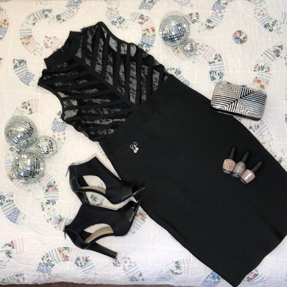 WOW COUTURE Dresses & Skirts - Wow Couture Black Body-Con Mesh Top Midi SzM